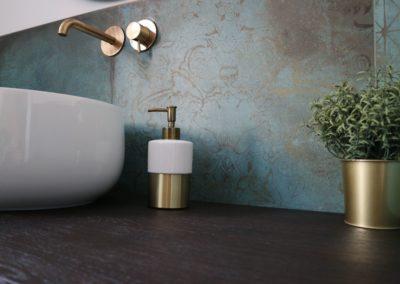 trace-mint-bagno-parete