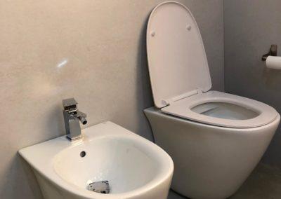bagno-moderno-sanitari-a-terra