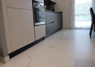 dettaglio-pavimento-gres-effetto-marmo-opaco