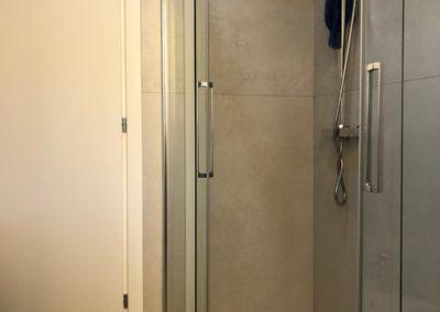 rivestimento-doccia-grandi-lastre