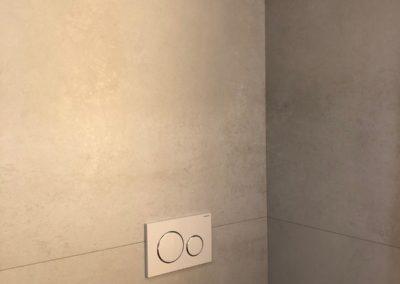 rivestimento-parete-bagno-grandi-lastre-effetto-cemento
