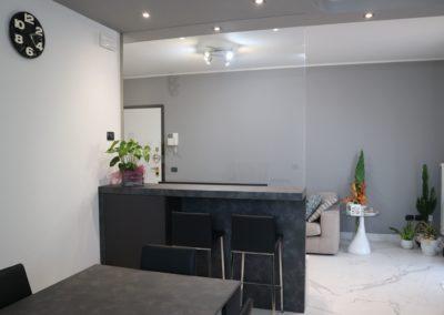 soggiorno-cucina-appartamento-moderno