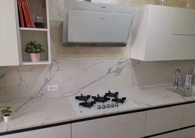 lastre effetto marmo bianco per top cucina