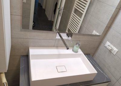 top mobile bagno effetto marmo