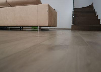 pavimento in gres effetto legno beige